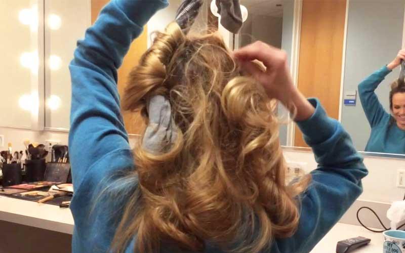 curl hair using t-shirt