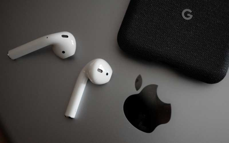 AirPods Microphone